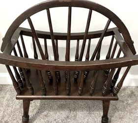 Vintage Antique Farmhouse Wood Spindle Wagon Wheel Magazine Rack Stand Record Player Storage for Sale in Chapel Hill,  NC