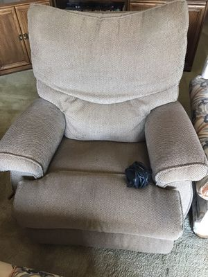 Rocking chair with massage for Sale in Seven Hills, OH