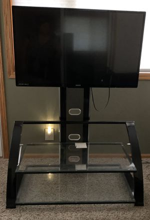 "Sanyo 40"" tv with stand. for Sale in Coon Rapids, MN"