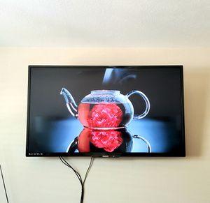"""Philips 55"""" Smart 4K UHD LED TV for Sale in Scottsdale, AZ"""