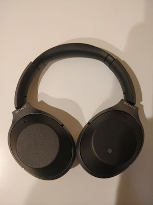 Sony 1000xm2 Headphones for Sale in Wallingford, CT