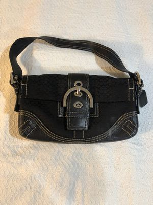 Black Coach purse really good condition for Sale in Greenacres, FL