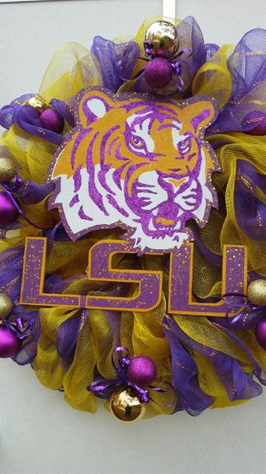 LSU TIGER WREATH for Sale in Homer, LA