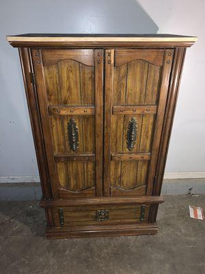 Multi-compartment dresser for Sale in Wheeling, IL