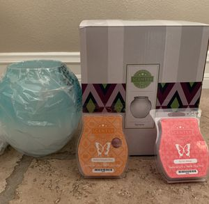Scentsy Serene Warmer with Bars for Sale in Simi Valley, CA