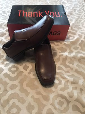 Men's deer stags brown dress shoes size 8.5 for Sale in Linden, NJ