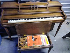 Piano ! Moving must go ASAP ! Send PM with reasonable offers- Located in Branford for Sale in Branford, CT