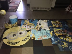 Used bt in very good condition. Twin bedding set for Sale in Tampa, FL
