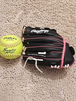 Youth Girls Rawlings Softball Glove 10.5 for Sale in Menifee,  CA