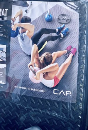 Fitness puzzle mats 6 pack 22x22x1/2 inch for Sale in Davie, FL