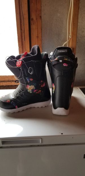 Womens Snowboard boots for Sale in Sayner, WI