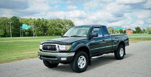 Toyota Tacoma 2002 Automatic for Sale in Miami, FL