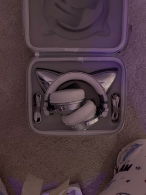 Bluetooth wireless Cat Ear Headphones for Sale in Apollo Beach, FL