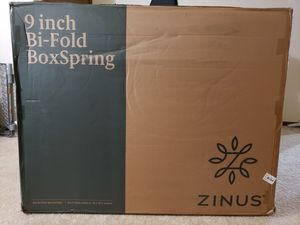 Zinus BiFold Boxspring Bed Frame. King Size. for Sale in Waukesha, WI