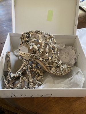 Sandals by Top shop high heels size 8.5 for Sale in Los Angeles, CA