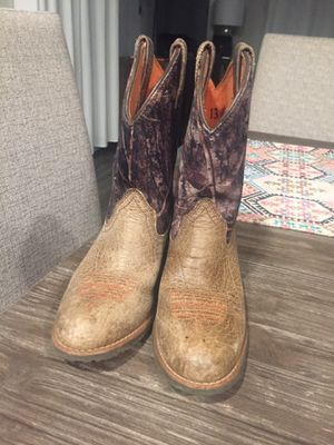Girls boots for Sale in Conroe, TX