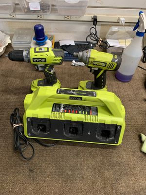 Fcp2344 ryobi drill with impact 2 battery & charger for Sale in Houston, TX