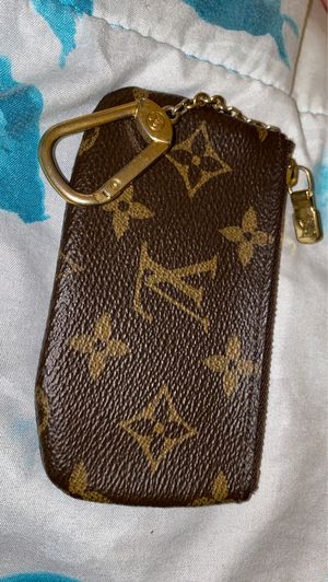 Louis Vuitton Key Pouch for Sale in Hayward, CA