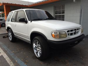 1998 Ford Explorer manual transmission for Sale in Kissimmee, FL