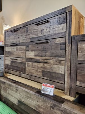 Dresser, Multi Gray, Casual Style for Sale in Fountain Valley, CA