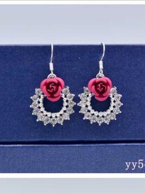 Fashion Women Flower with Diamond Tassel Dangle Hook Earrings for Sale in Corona, CA