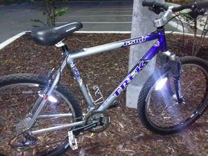 Trek 6500 mountain bike for Sale in Tarpon Springs, FL