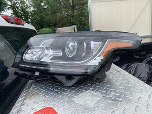 Range Rover headlight for Sale in Tampa, FL