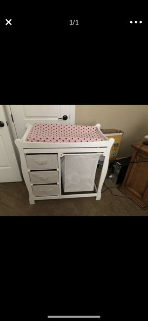 White Baby Changing Table for Sale in NV, US
