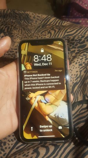 iPhone xr 128gb iCloud unlocked unlocked all the way for Sale in Mount Holly, NC