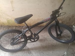 Giant GFR kids bike for Sale in Olivette, MO