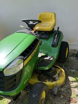 John Deere Mower D110 for Sale in Miami,  FL