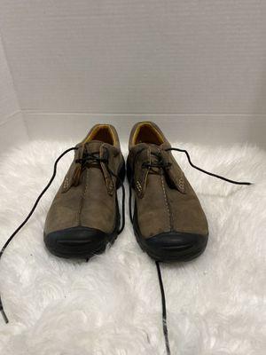 Keen Women Shoe Size 7.5 Brown Hiking Sneaker Athletic Oxford for Sale in Dearborn, MI