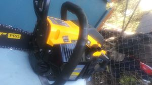 Salem Master 2020 Twenty inch CHAINSAW. Gas/ two stroke motor oil powered. for Sale in Bonita, CA