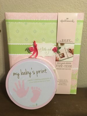 NEW Baby book, hand print and diapers gift set for Sale in Rancho Cucamonga, CA