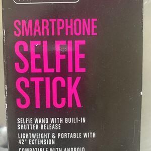 Selfie Stick for Sale in Palm Beach, FL