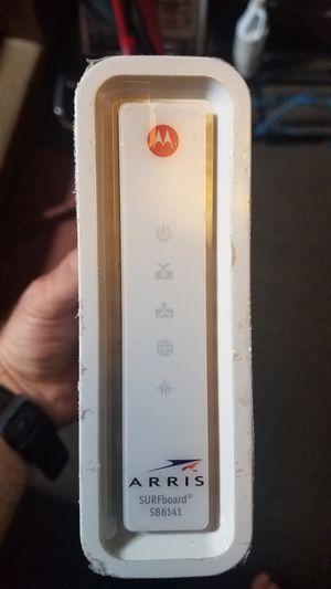 Motorola Arris SURFboard Cable Modem 400 Series SB6141 + gigabit switch for Sale in San Francisco, CA
