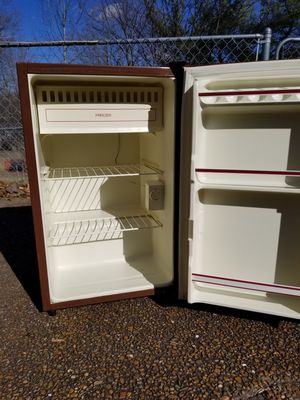 Emerson Mini Frig/Freezer for Sale in Franklin, TN