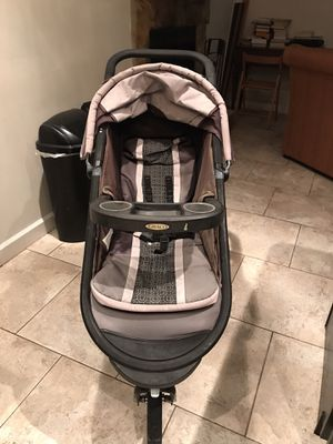 Graco flex click and connect for Sale in Altamonte Springs, FL