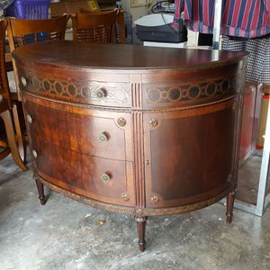 2 Outstanding Vintage/Antuque Pieces of Furniture in Great Shape! for Sale in Pembroke Pines, FL