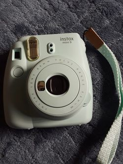 instax Mini 9 (Ice Blue) With Case (Ice Blue) for Sale in Pomona,  CA