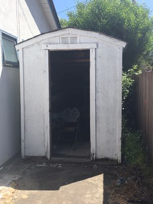 Free backyard shed in Fremont for Sale in Fremont, CA