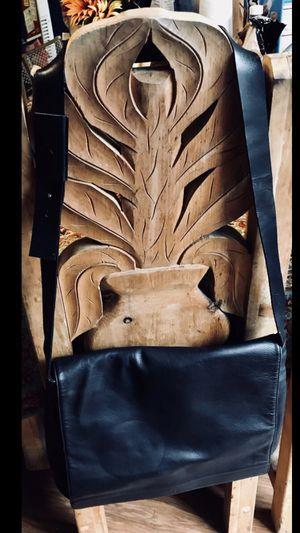 Calvin Klein Messsenger Bag for Sale in Westminster, CA