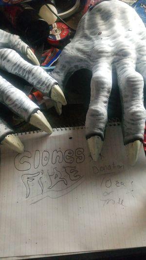 clones scray hands 215 for Sale in Acampo, CA