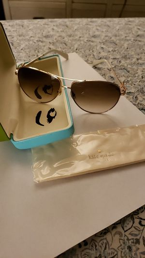 Kate Spade aviator sun glasses for Sale in Las Vegas, NV