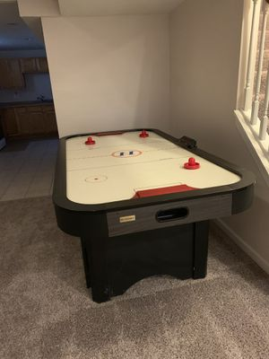 Harvard Air Hockey Table for Sale in Broadview Heights, OH