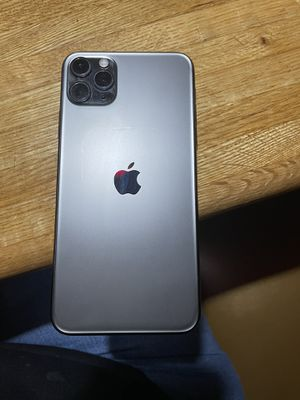 iPhone 11 pro AT&T for Sale in El Paso, TX