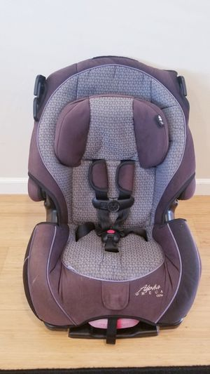 Alpha Omega car seat booster convertable for Sale in Renton, WA