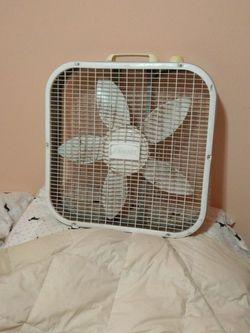 Box Fan for Sale in Ocala,  FL