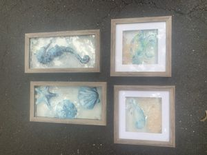 Shadow box dimensional glass sea ocean pictures for Sale in Freehold, NJ