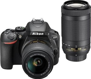 Nikon - D5600 DSLR Two Lens Kit with 18-55mm and 70-300mm Lenses - Black for Sale in Lake View Terrace, CA